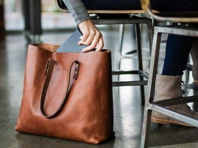 7 Stylish Shopper Bags Roomy Enough for Your Everyday Essentials ...