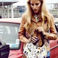 7 Great Ways to Organize Your Purses ...