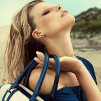 7 Ways to Reduce Neck and Shoulder Pain Caused by a Heavy Handbag ...