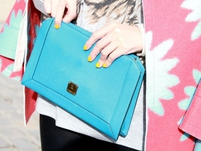 7 Modern Clutches for Any Occasion That Are Versatile and Stunning ...