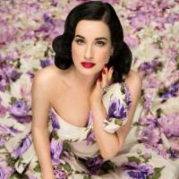 7 Beauty Tips for Women with Dark Hair ...