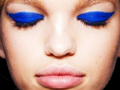 8 Chic Cobalt Blue Beauty Buys ...