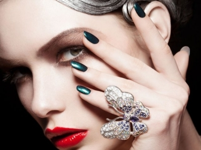 7 Vegan Nail Polish Brands That Will Make Your Nails Look Great ...