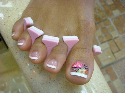 9 Steps for an At Home French Pedicure ...