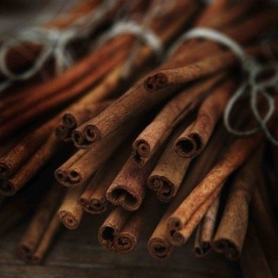 9 Ways to Use Cinnamon in Your Beauty Routine ...