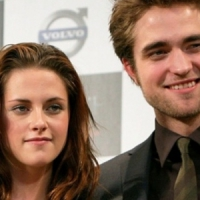 Kristen Sucks the Blood out of R-Patz...