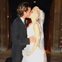 9 Amazing Celebrity Wedding Dresses ...