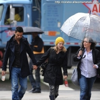7 Photos of Amanda and Dominic Brave the Rain ...