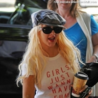 19 Photos of Christina Takes Max Shopping ...