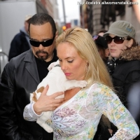 6 Photos of Coco and Her Puppy ...