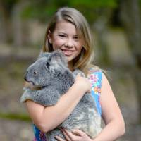 Photos of Bindi Irwin That Prove She's Just as Great as Her Dad ...