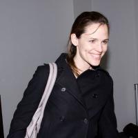 5 Photos of Jennifer Garner's Smooth Landing...