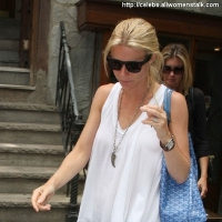 2 Photos of Gwyneth Has Sushi ...