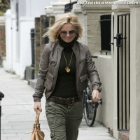 5 Photos of Geri's Military Style ...