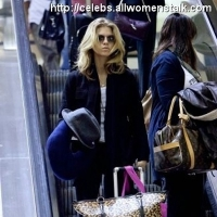 5 Photos of AnnaLynne's Late Arrival ...
