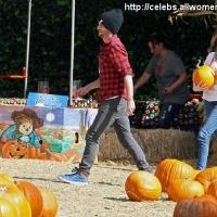 8 Photos of Emma's Perfect Pumpkin ...