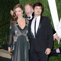 15 Celebrity Photobombs That'll Make You Laugh ...