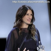 13 Photos of Julia Roberts Wins Award ...