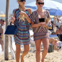 21 Photos of the Hiltons Hit St Tropez! ...