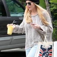 5 Photos of Lohan Shops Segal ...