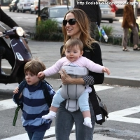 5 Photos of SJP Does the School Run ...