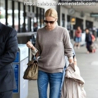 3 Photos of Charlize and Mother Depart ...