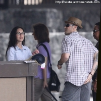 6 Photos of Megan Fox and Brian Austin Green at Hawaii Airport. ...