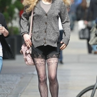 7 Photos of Courtney Love Shopping in Soho...