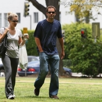4 Photos of Sampras and Wilson's Afternoon Stroll ...