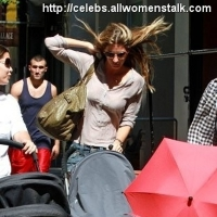 4 Photos of Gisele Takes Benjamin for a Stroll ...