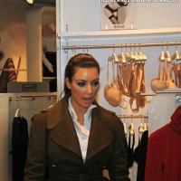 6 Photos of Kardashians Shop in Soho ...