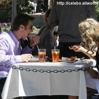 7 Photos of Jake and Vienna Dine out ...