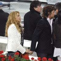 4 Photos of Paulina and Colate Watch the Match ...