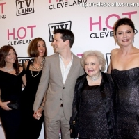 "8 Photos of ""Hot in Cleveland"" Premieres ..."