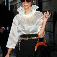 5 Photos of Kardashians at the Plaza ...