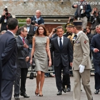 9 Photos of Sarkozy and Bruni Meet with Prince Charles ...