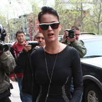 5 Photos of Katy's Little Black Dress ...