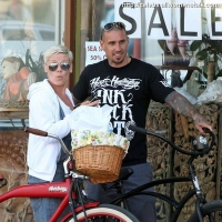 12 Photos of Pink and Carey Bike Together ...