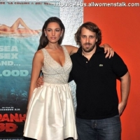 "4 Photos of ""Piranha 3D"" in Paris ..."