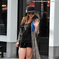 4 Photos of Ke$ha Swaps out ...