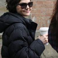 2 Photos of Kate and Ginnifer Bundle up ...
