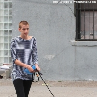 5 Photos of Deyn Walks Her Dog ...