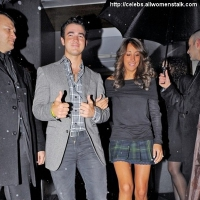 3 Photos of Kevin and Danielle's Romantic Night out ...