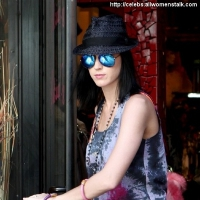 6 Photos of Katy Goes Shopping ...