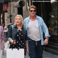 9 Photos of Hasselhoff Shops with His Daughter ...