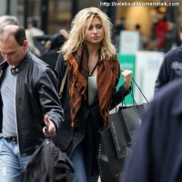 8 Photos of Aly Michalka Shops ...