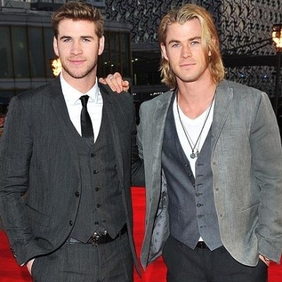 33 Photos of the Hemsworth Brothers to Make Your Ovaries Explode ...