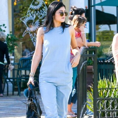 7 Adorable Street Style Looks from Kylie Jenner ...