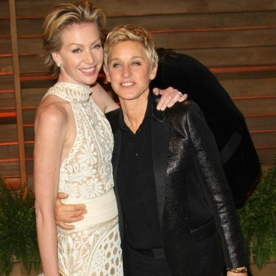 Ellen DeGeneres & Portia De Rossi Celebrate 10 Years of Marriage with Sweet Selfies ...