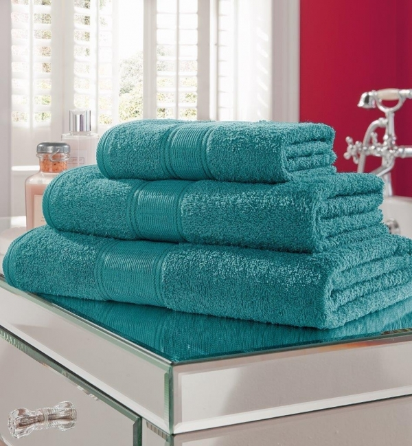 If Your Bathroom Needs A Boost Try Adding Some Teal Towels To Put On Display This Works Well With Neutral Colored Walls In